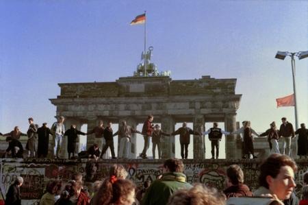 BerlinWall1989.jpg