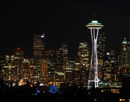 SeattleSkylineNight.jpg