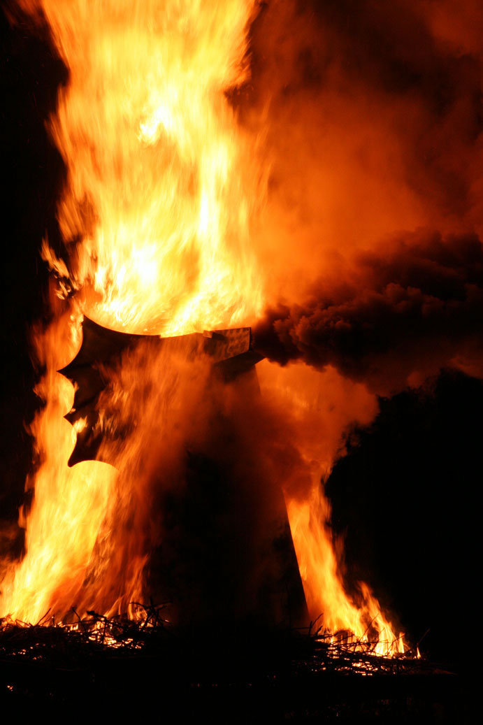 bonfire07.jpg